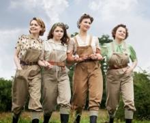 2009 Land Girls