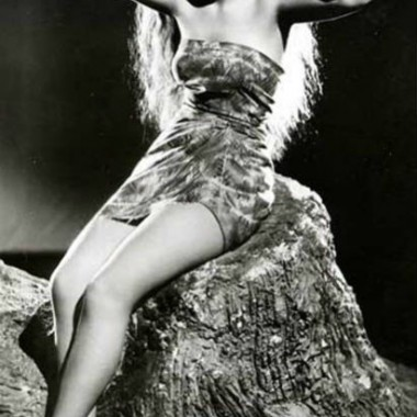 Dorothy Lamour, 1930s, kicking off the tiki craze