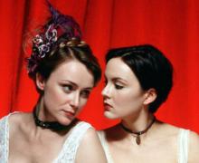 2002 Tipping the Velvet