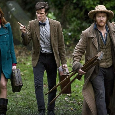 "Amy, the Doctor, & Vincent van Gogh in ""Vincent and the Doctor"""