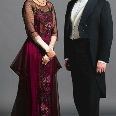 Lady & Lord Grantham, tip-toeing slowly into the '20s.