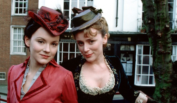 Tipping the Velvet (2002)