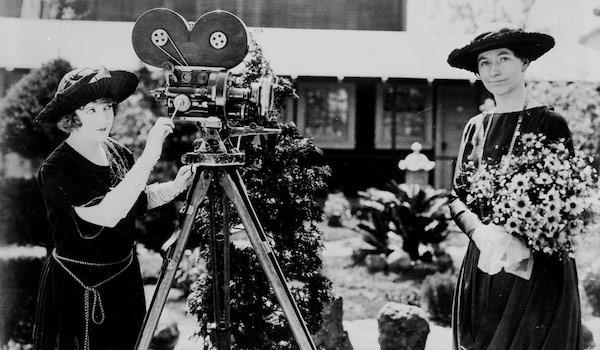 May Allison with Helen Taft and a motion picture camera   Library of Congress