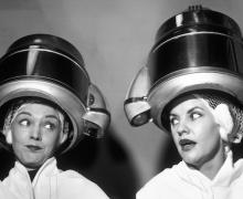 vintage women gossiping