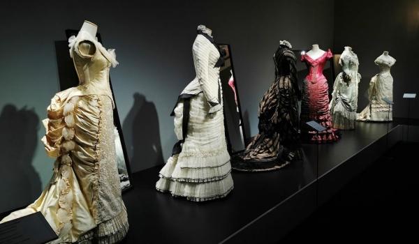 Glamour: Famous Gowns of the Silver Screen, Serlachius Museums, Mänttä, Finland